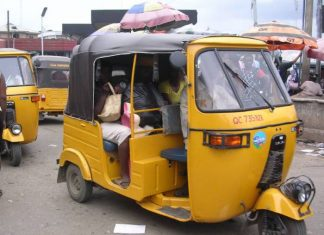 'Keke' Driver killed at Rumuodara junction, East-West road Port-Harcourt , less two days after another was stabbed in neck
