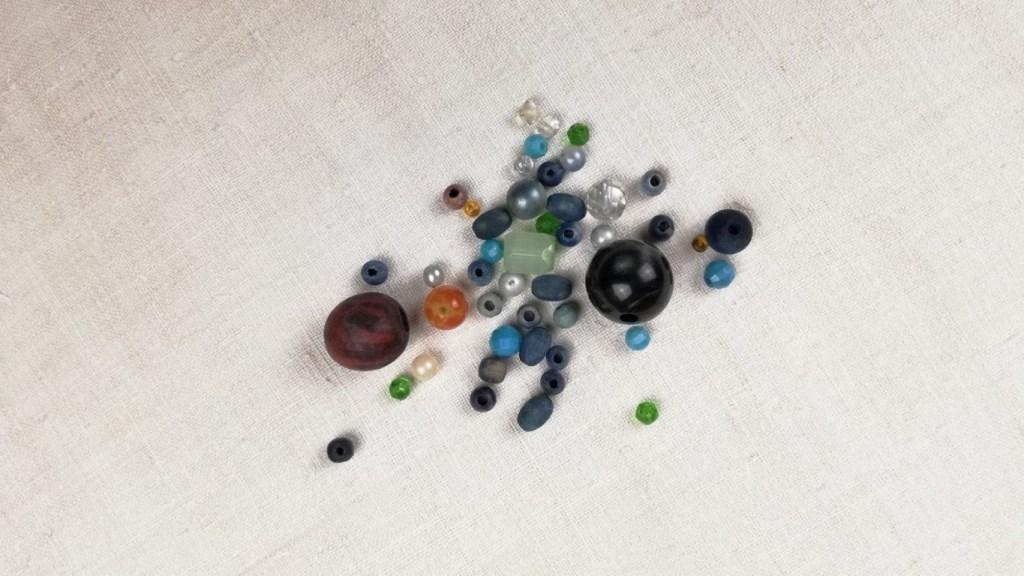 Make a bead collection