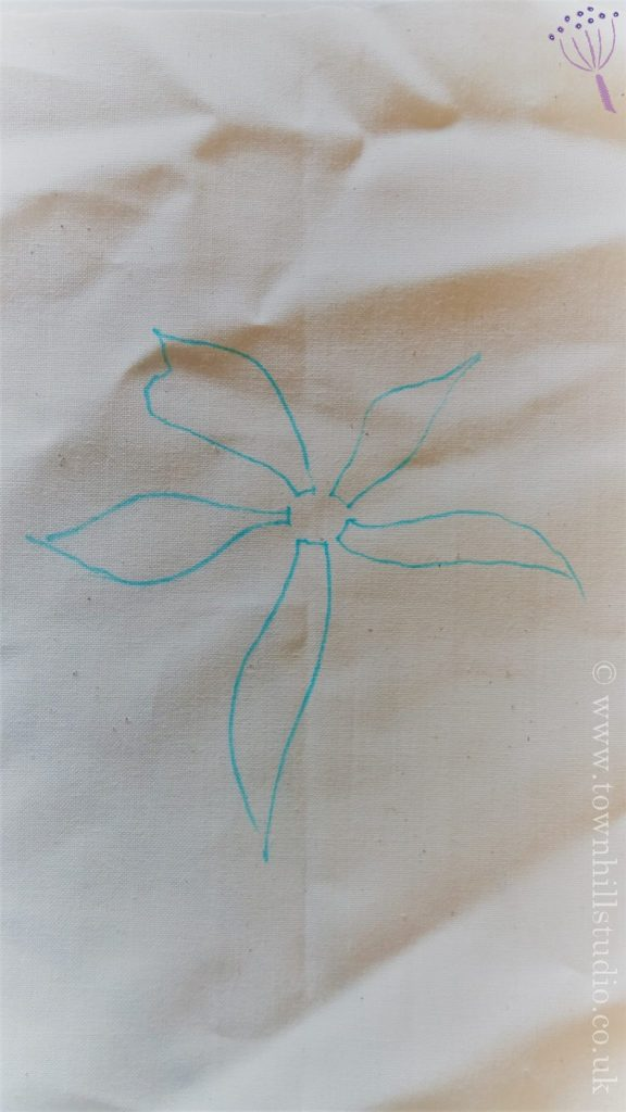 guntai shibori 5 petal flower 1