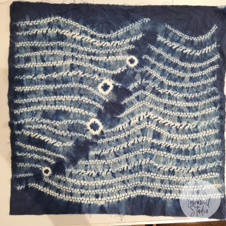 ori nui wave design cushion cover