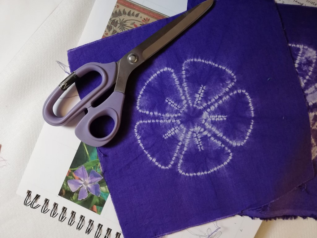 Simple shibori flower design