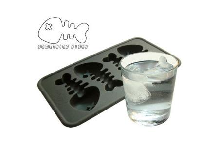 Fishbone Ice Cube Tray