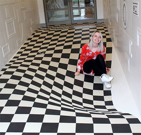 Illusion Floor
