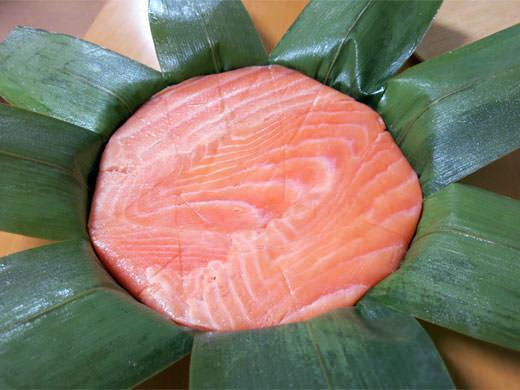 寿司一 鱒の旨味と脂が染み出る肉厚 ます寿し