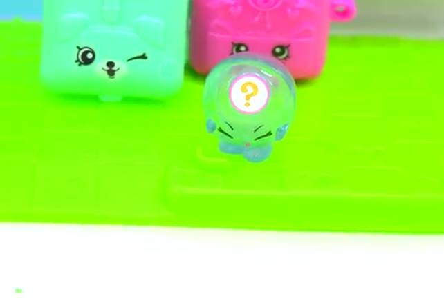 Shopkins Season 5 Tiny Toys Limited Edition Pack