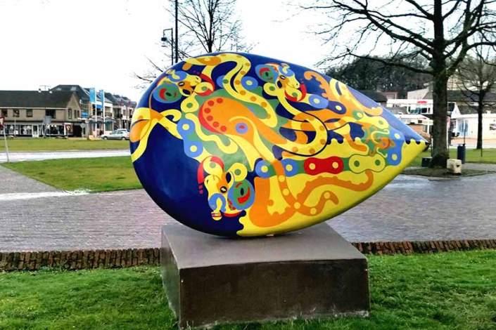 Sculpture - Endless Chain - Horsepower Mania - Toyism Art Movement