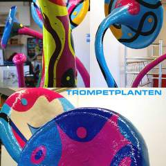 Sculpture - Trumpet Flowers - Toyism Art Movement