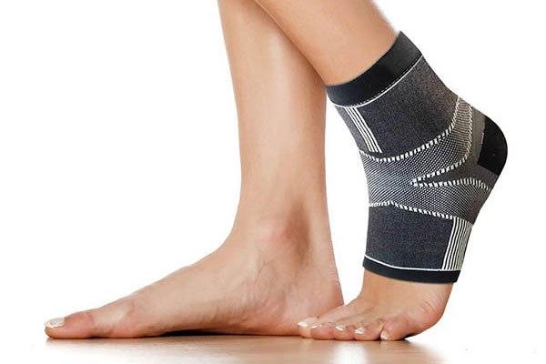 足底筋膜炎のサポーター
