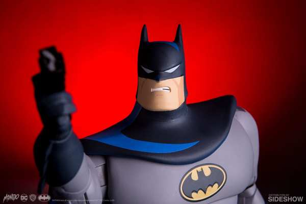 dc-comics-batman-sixth-scale-figure-mondo-903405-07
