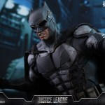 dc-comics-justice-league-batman-tactical-batsuit-version-sixth-scale-hot-toys-903119-20