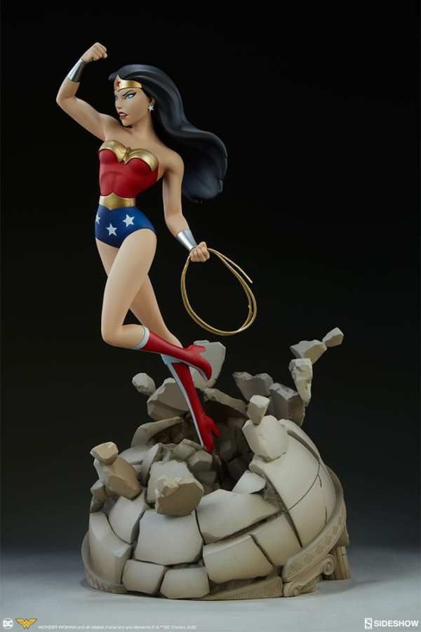 dc-comics-wonder-woman-animated series-collection-statue-sideshow-200544-05