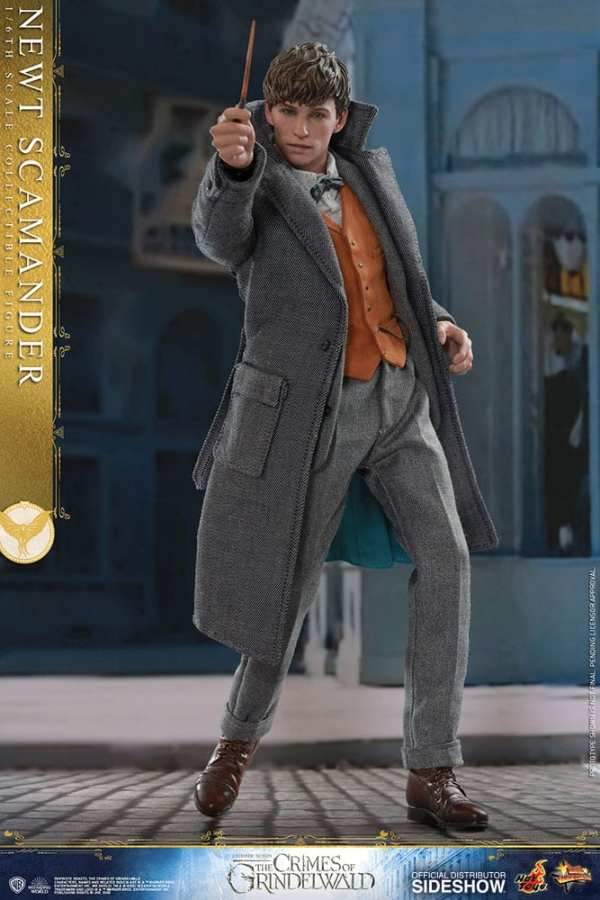 fantastic-beasts-the-crimes-of-grindwald-newt-scamander-sixth-scale-figure-hot-toys-904194-06