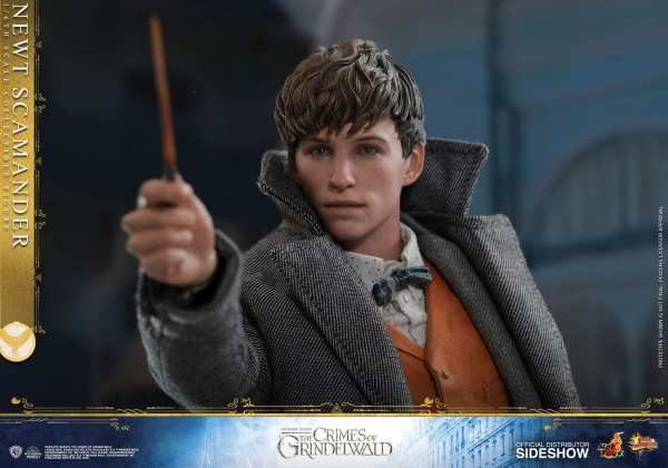 fantastic-beasts-the-crimes-of-grindwald-newt-scamander-sixth-scale-figure-hot-toys-904194-13