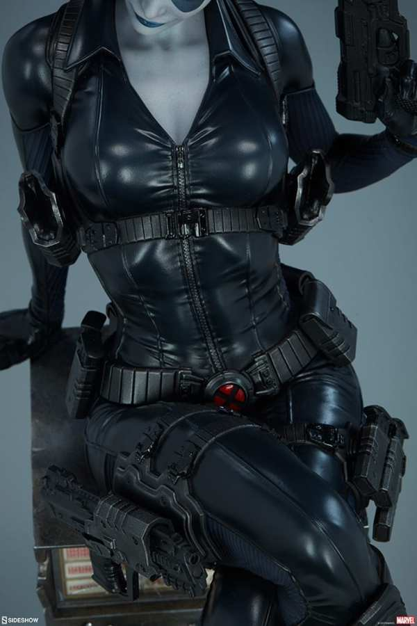 domino-premium-format-figure-sideshow-collectibles-marvel-statue-img16