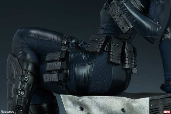 domino-premium-format-figure-sideshow-collectibles-marvel-statue-img21
