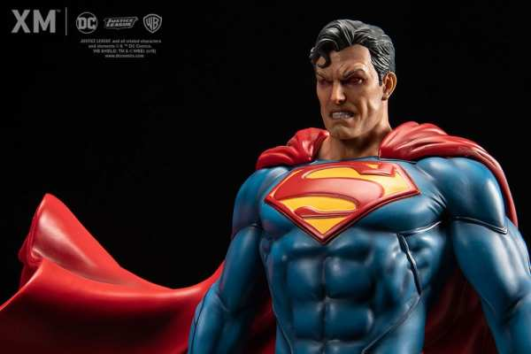 superman-rebirth-xm-studios-1-6-scale-statue-dc-comics-img10