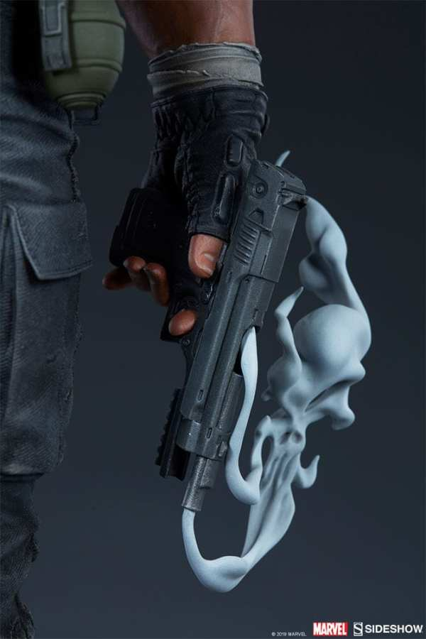 the-punisher-premium-format-figure-sideshow-collectibles-statue-img23