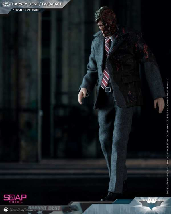 soap-studio-two-face-harvey-dent-1-12-scale-action-figure-img01