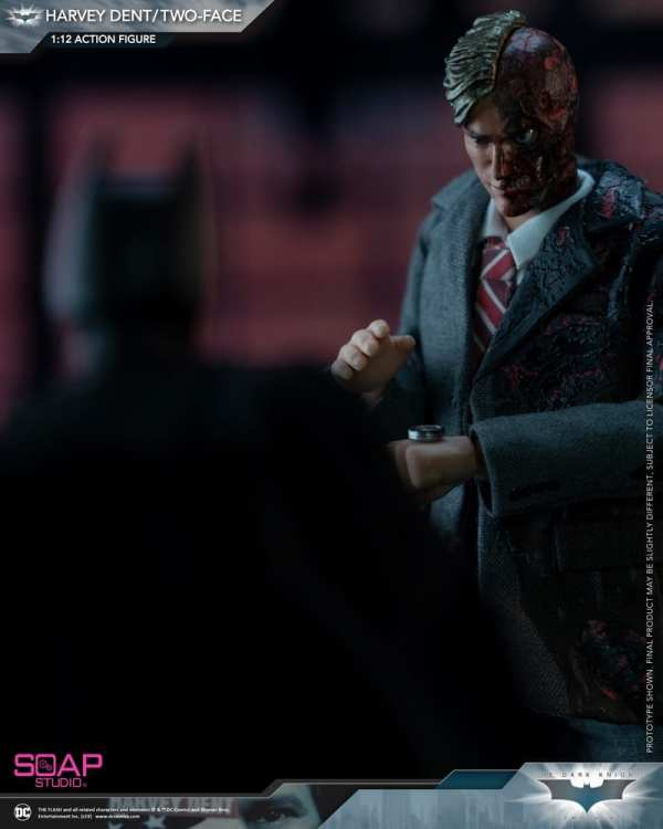 soap-studio-two-face-harvey-dent-1-12-scale-action-figure-img02