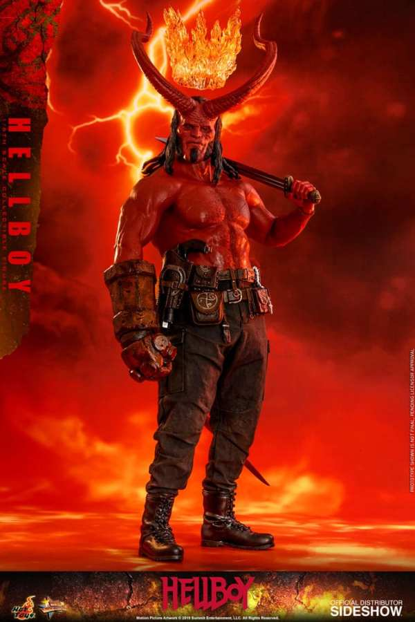 hot-toys-hellboy-sixth-scale-1-6-scale-figure-mms527-img01