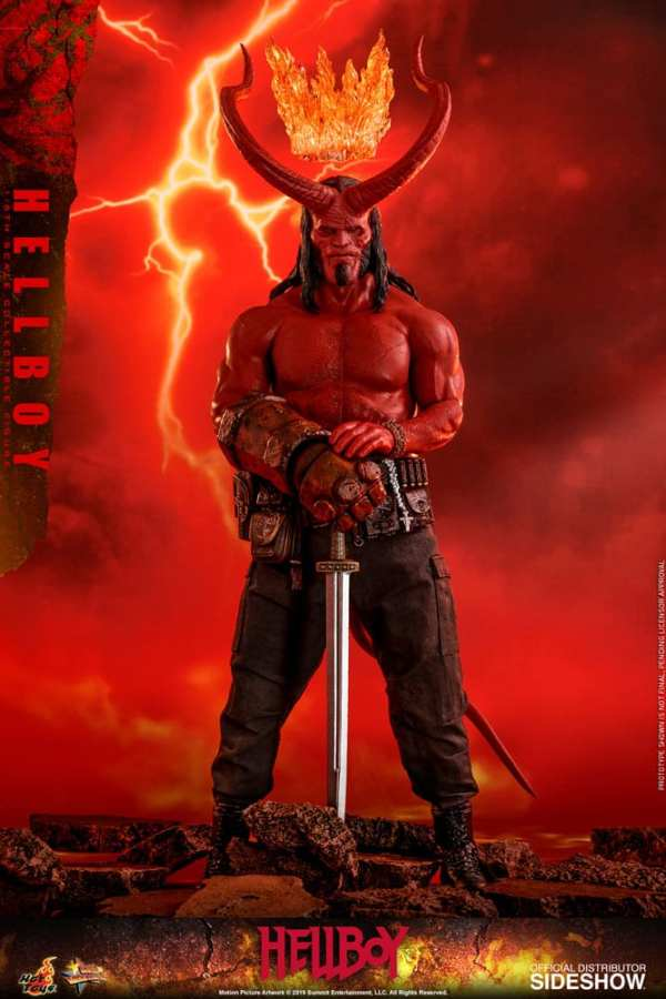 hot-toys-hellboy-sixth-scale-1-6-scale-figure-mms527-img02