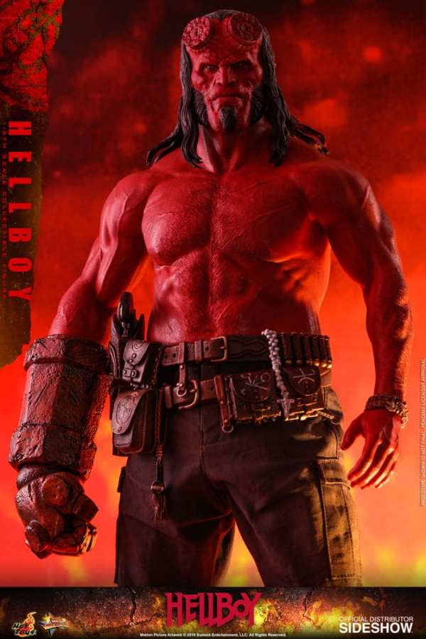 hot-toys-hellboy-sixth-scale-1-6-scale-figure-mms527-img12