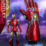 hot-toys-life-size-nano-gauntlet-1-1-scale-marvel-prop-replica-img03