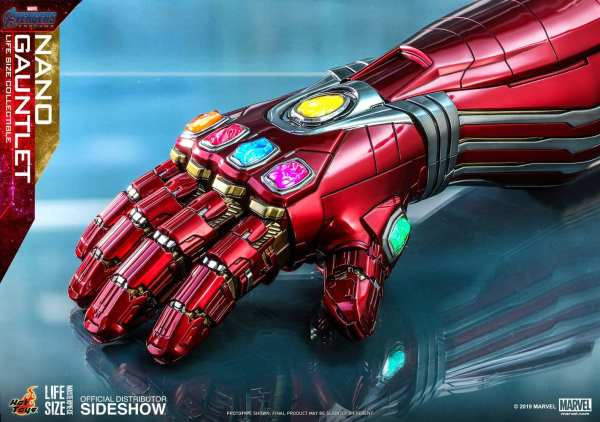 hot-toys-life-size-nano-gauntlet-1-1-scale-marvel-prop-replica-img04