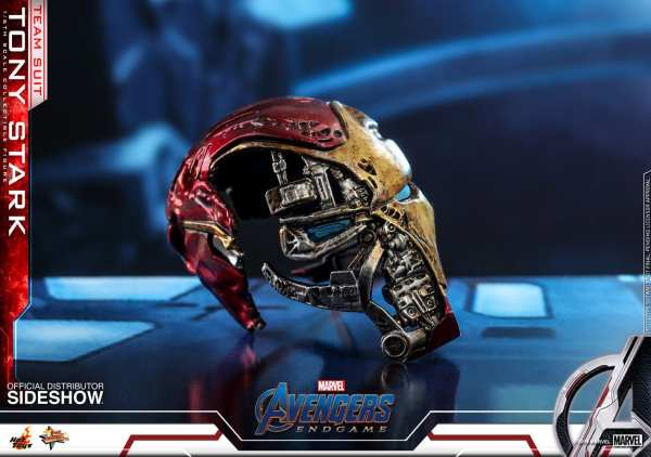 hot-toys-tony-stark-team-suit-avengers-endgame-sixth-scale-figure-marvel-img17