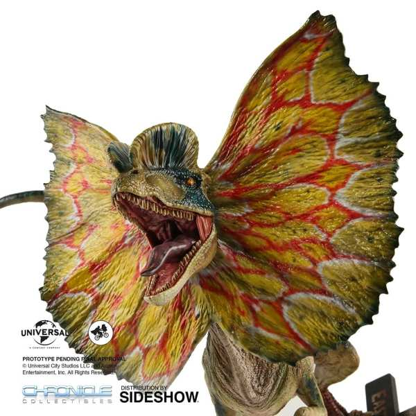 chronicle-collectibles-jurassic-park-dilophosaurus-1-4-scale-statue-img04