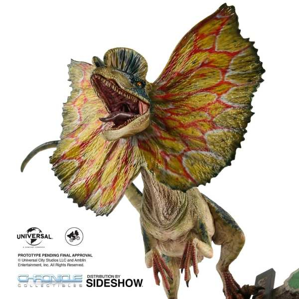 chronicle-collectibles-jurassic-park-dilophosaurus-1-4-scale-statue-img05