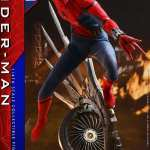 hot-toys-spider-man-deluxe-version-quarter-scale-1-4-scale-spider-man-homecoming-img14