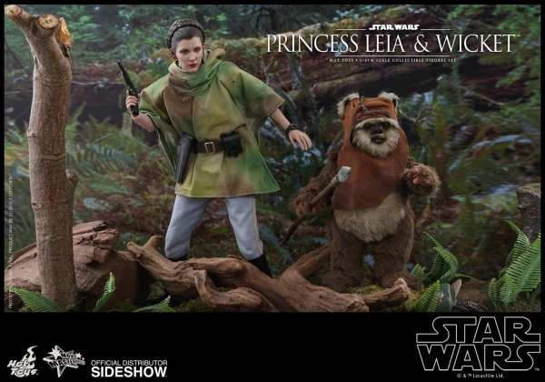 hot-toys-princess-leia-and-wicket-sixth-scale-figure-set-star-wars-mms551-img05
