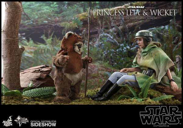 hot-toys-princess-leia-and-wicket-sixth-scale-figure-set-star-wars-mms551-img07