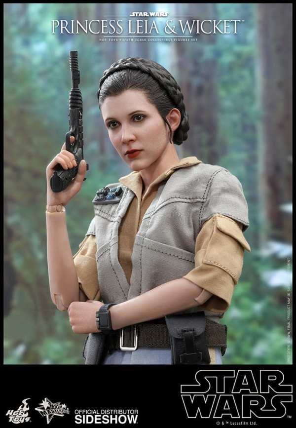 hot-toys-princess-leia-and-wicket-sixth-scale-figure-set-star-wars-mms551-img13
