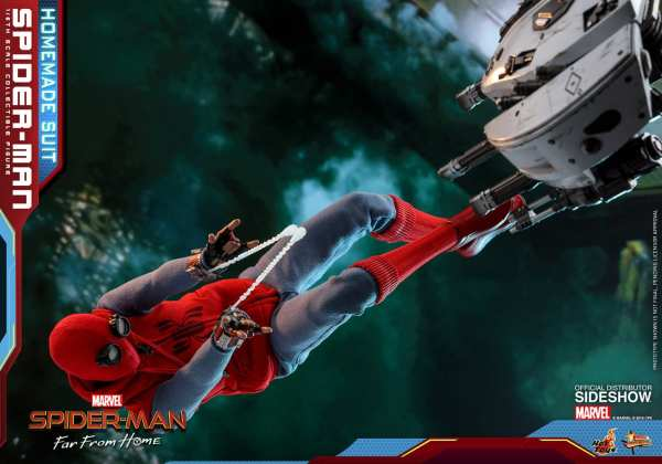 hot-toys-spider-man-homemade-suit-sixth-scale-figure-far-from-home-mms552-img12
