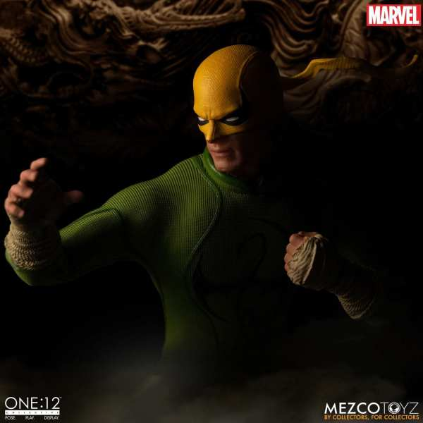 mezco-toyz-one12-collective-iron-fist-1-12-scale-figure-marvel-img04