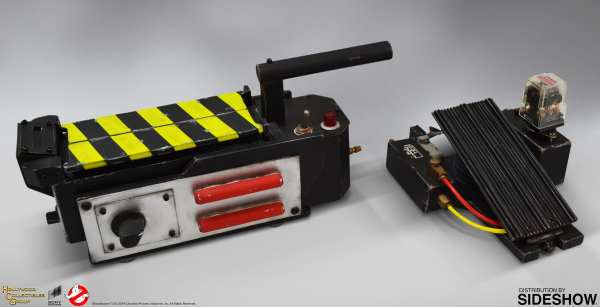 hollywood-collectibles-ghostbusters-ghost-trap-prop-replica-lifesize-collectibles-img01