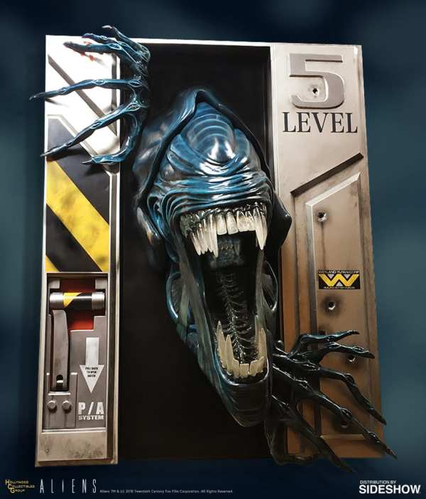 hollywood-collectibles-group-aliens-alien-queen-life-size-wall-sculpture-img01