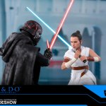 hot-toys-rey-and-d-o-sixth-scale-figure-set-star-wars-rise-of-skywalker-collectibles-img02