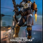 hot-toys-heavy-infantry-mandalorian-sixth-scale-figure-star-wars-the-mandalorian-collectibles-img05