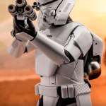 hot-toys-jet-trooper-mms-561-star-wars-rise-of-skywalker-collectibles-img06