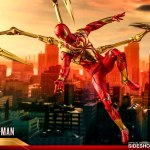 hot-toys-spider-man-iron-spider-armor-sixth-scale-figure-marvel-collectibles-vgm38-img16