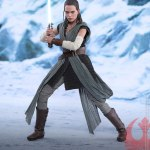 hot-toys-rey-jedi-training-sixth-scale-figure-star-wars-collectibles-mms-446-img02