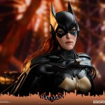 hot-toys-batgirl-sixth-scale-figure-batman-arkham-knight-vgm40-img13