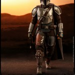 hot-toys-the-mandalorian-and-the-child-sixth-scale-figure-set-tms014-star-wars-img03