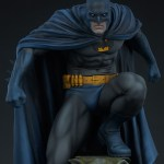 sideshow-collectibles-batman-premium-format-statue-dc-comics-img11