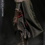 dam-toys-dms014-mentor-ezio-auditore-1-6-scale-figure-assassins-creed-revelations-collectibles-ubisoft-img04