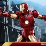 hot-toys-iron-man-mark-iii-quarter-scale-figure-1-4-scale-iron-man-collectibles-img06