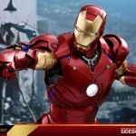 hot-toys-iron-man-mark-iii-quarter-scale-figure-1-4-scale-iron-man-collectibles-img07